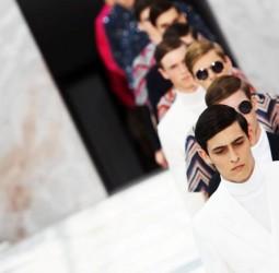 LIVESTREAM: Watch Louis Vuitton's Fall/Winter 2015 Fashion Show